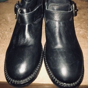 🌟Women's ASH leather ankle boot size 37 US 7)